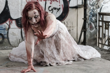 zombie2-595962_1280