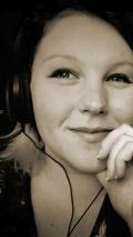 Jeanette Andromeda headphones