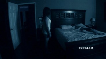 paranormal-activity-3-stills-18540
